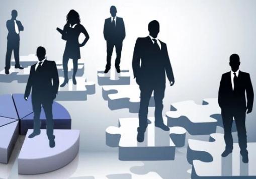 Mẫu câu tiếng Anh giao tiếp đào tạo nhân viên và cải tổ nhân sự tại công sở