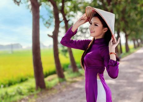 Từ vựng tiếng Anh về những đức tính của người phụ nữ Việt Nam