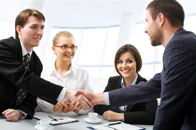 Mẫu câu tiếng Anh giao tiếp khi gặp gỡ đối tác và ký kết hợp đồng