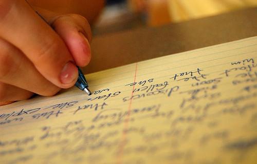 Những cụm từ nối tiếng Anh không thể bỏ qua khi viết luận (phần 2)