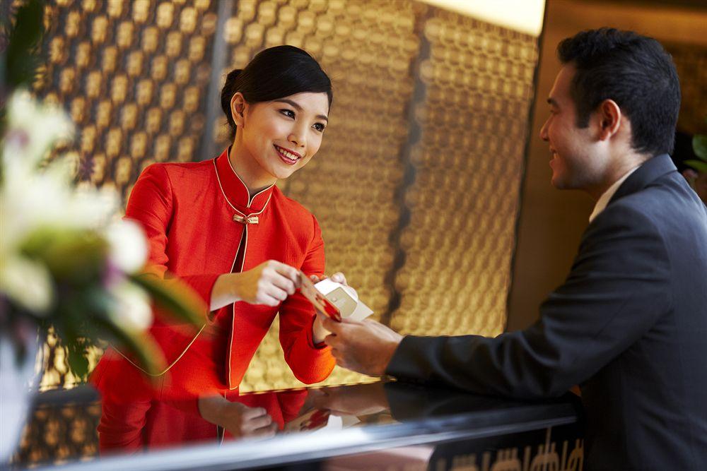 Tiếng Anh giao tiếp cho lễ tân khách sạn